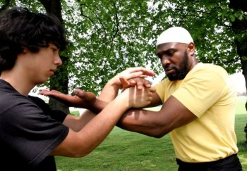 Sifu Garry McKenzie and Sifu David Play Lok Chi Sau